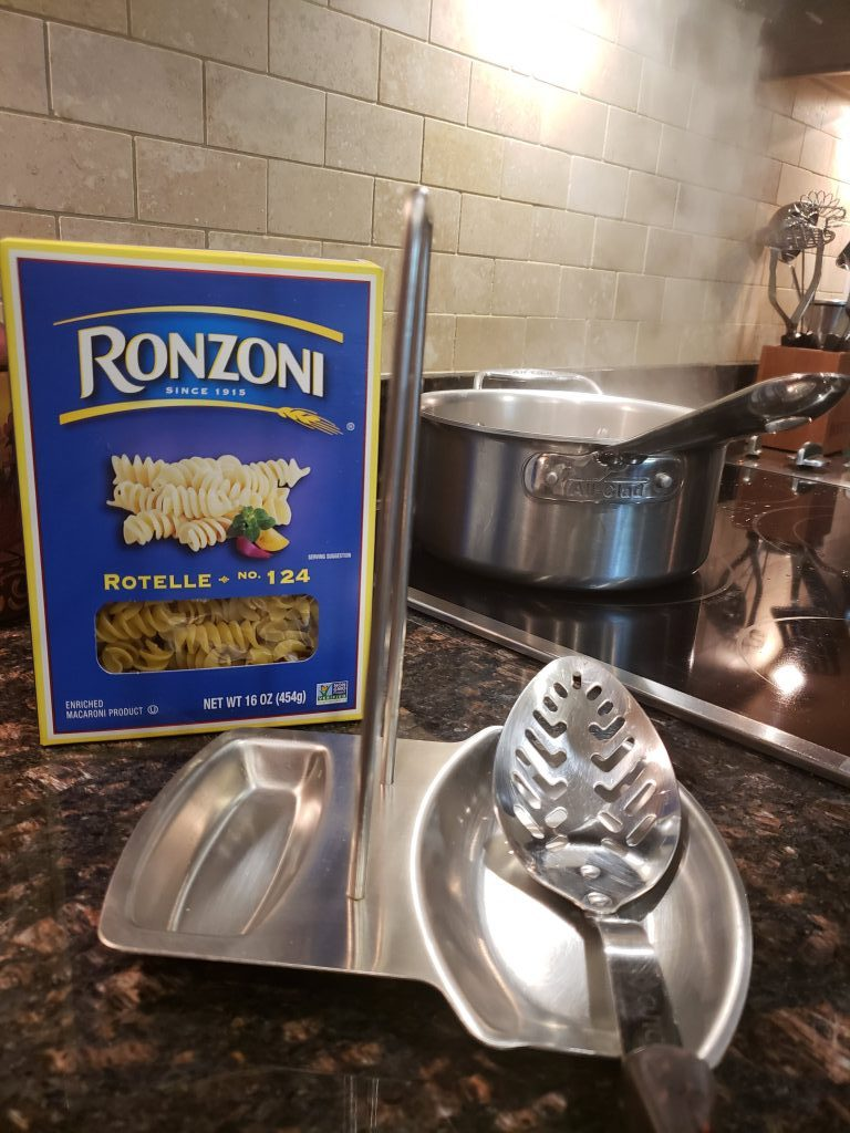 boil pasta for macaroni and cheese